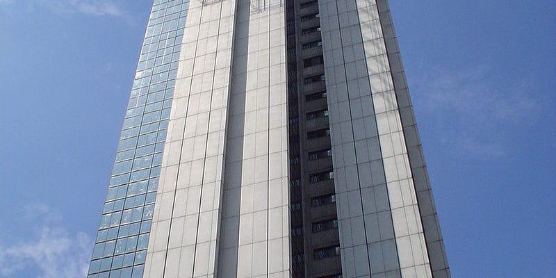 torre-de-cali-andamios-certificados