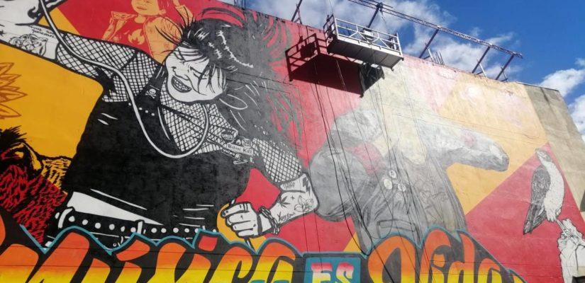 ANDAMIO-COLGANTE-EN-GRAFFITI